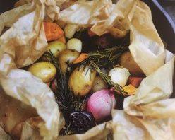 Kriel- en zoete aardappelen met groenten en kruiden